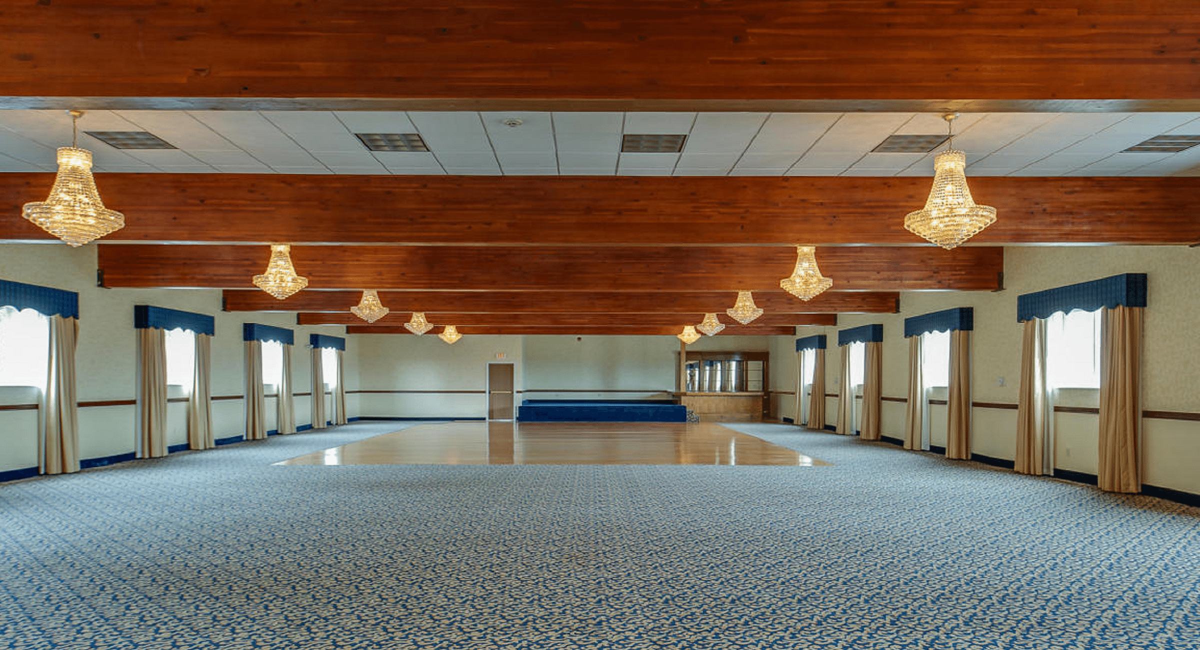 a hotel and wedding venue in kalispell, MT